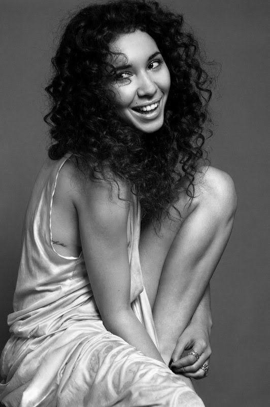 Sofiia Manousha, actrice au naturel
